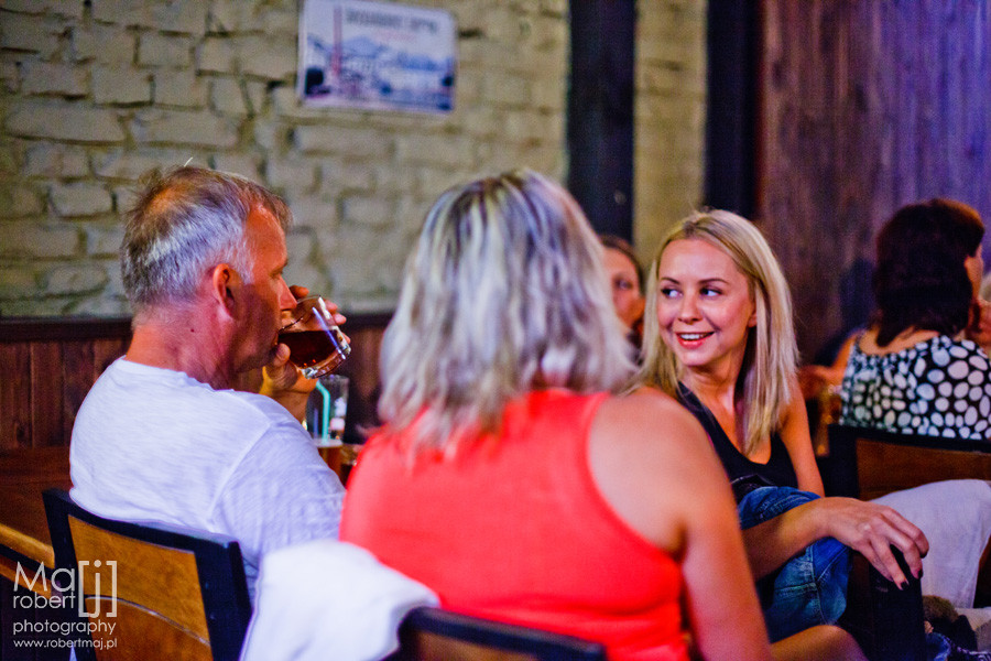 U szewca, fotografia Robert Maj, reportaż fotograficzny, fotografia reportażowa, event, Lublin Stare Miasto, najlepsza knajpa w Lublinie, ekskluzywna fotografia, Robert Maj