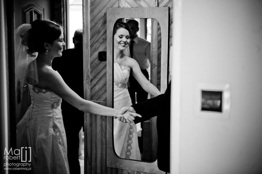 fotografia ślubna lublin, zdjęcia ślubne lublin, fotograf lubli, artystyczna fotografia ślubna, ekskluzywna fotografia ślubna, ślub lublin, reportaż lublin, plener ślubny, fotograf wesele